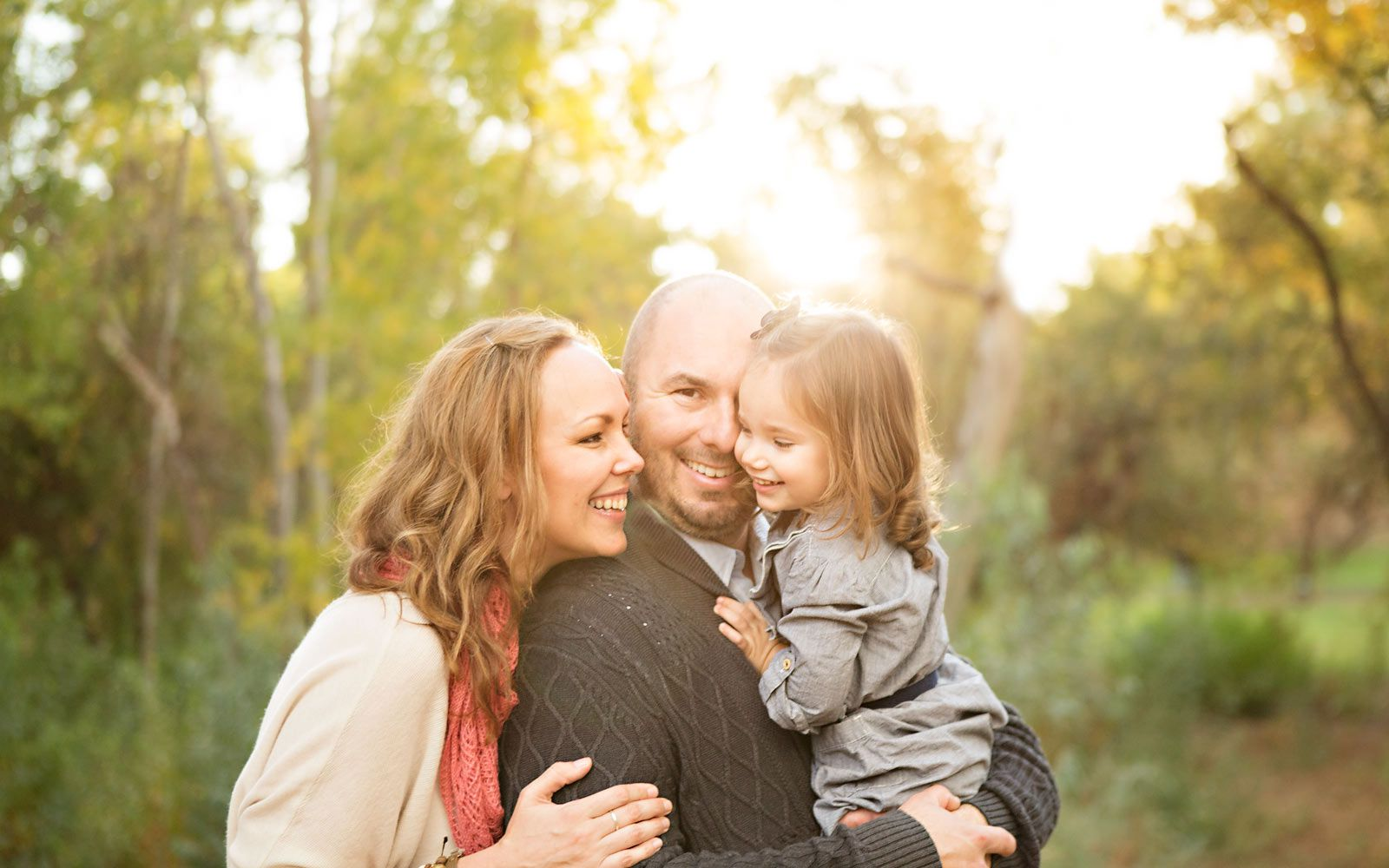 Six Tips to Create Amazing Outdoor Family Portraits ... |Outdoor Family Photography